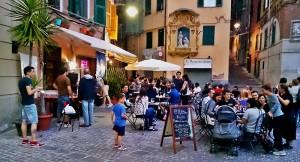 Bar 8 rosso Carmine Genova