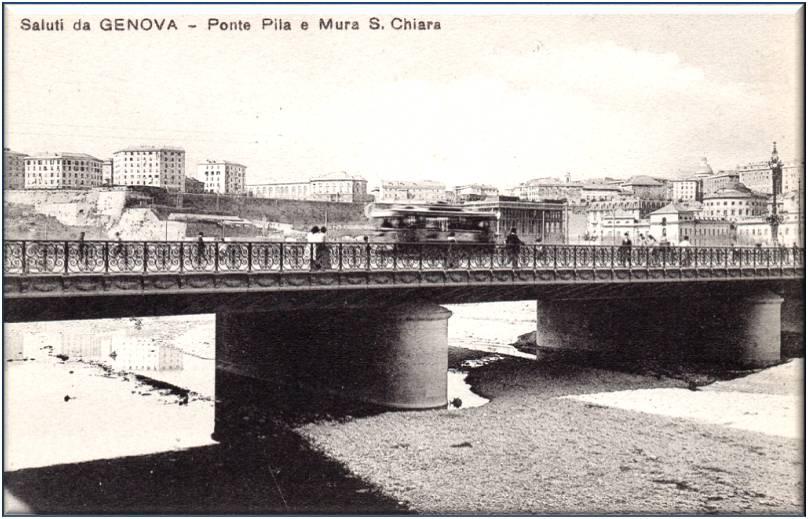 Genova vecchia, ponte Pila e mura Santa Chiara