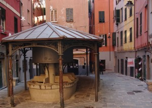 Truogoli di Santa Brigida, Centro Storico Genova