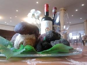 Funghi, tarttufi e vino del ristorante Roma di Montoggio